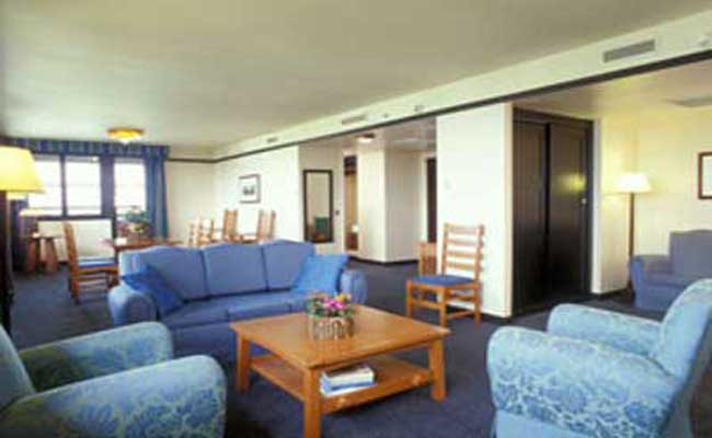 golden forest suites at disneys 3 sequoia lodge