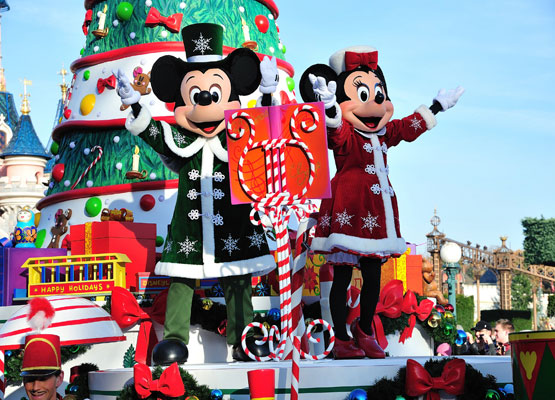 Disney Enchanted Christmas | Disneyland Paris | Magic Breaks
