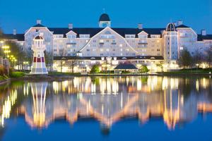 Disney S Newport Bay Club L Disneyland Paris Hotels